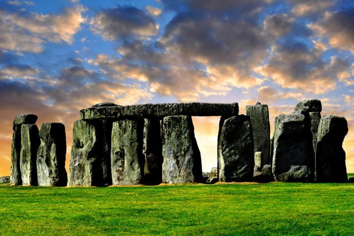 14-09-10-stonehenge.jpg