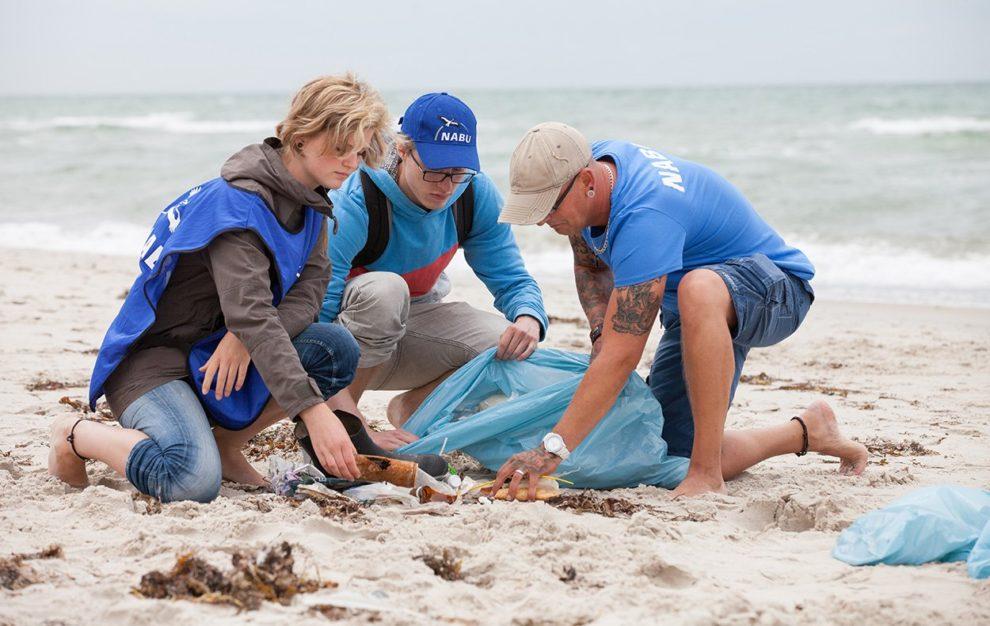 Strandluder Wird Hart Und Intensiv Weggepimmelt