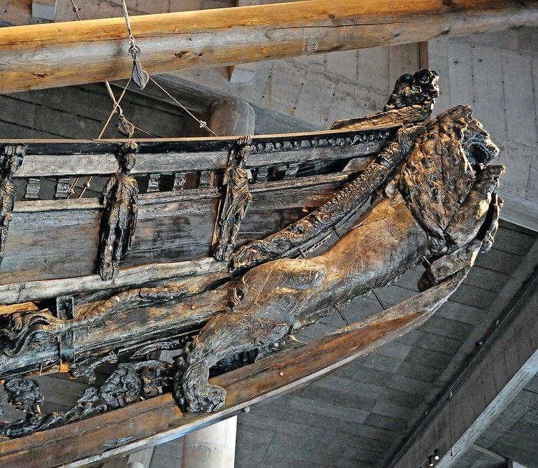 Warship_Vasa._Built_at_1626–1628_on_the_orders_of_the_King_of_Sweden_Gustavus_Adolphus._Figurehead._Vasa_Museum._Stockholm._Sweden.