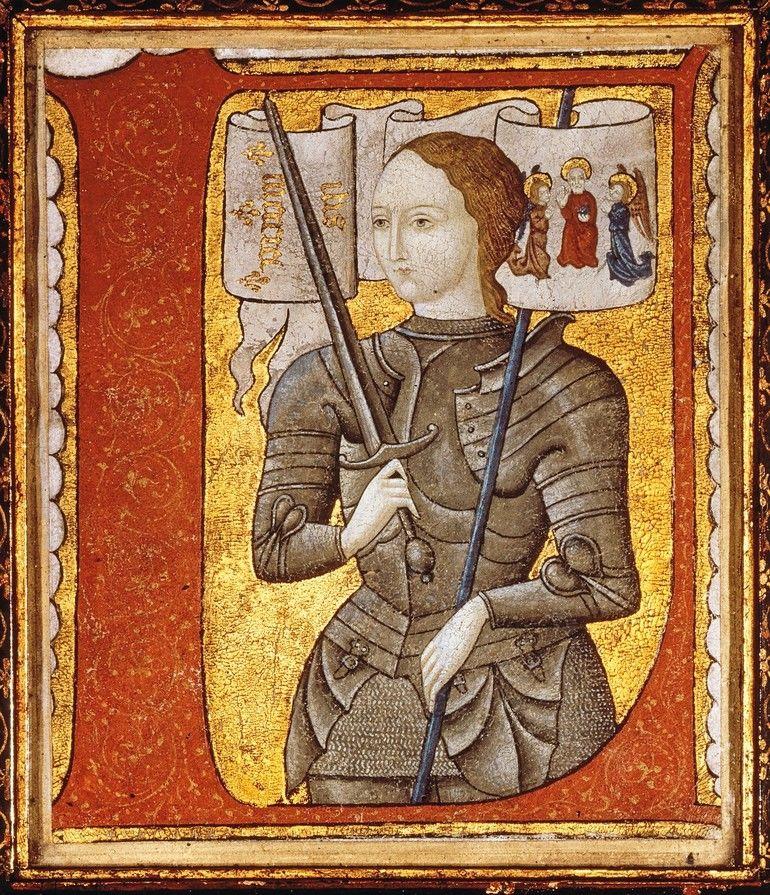 12_–_(hingerichtet)_Rouen_30.5.1431.__Bildnis_der_Jeanne_d'Arc_in_Rüstung_mit_Banner.__(Auf_dem_Banner_das_Christusmonogramm_IHS_und_der_Name_Mariens)._Buchminiatur_(Fragment)._Deckfarben_auf_Pergament._Französisch-flämische_Schule,_um_1485._Inv._Nr._AE_I