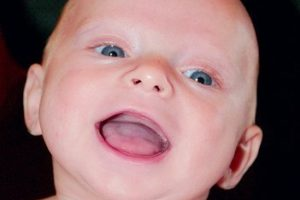 free_happy_smiling_baby_face_stock_photo_www.flickr.com_d_sharon_pruitt_3213829088_b674d4bb96.jpg