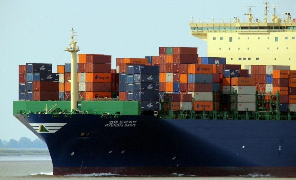Containerfrachter