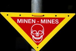 mines_warning_sign.jpg